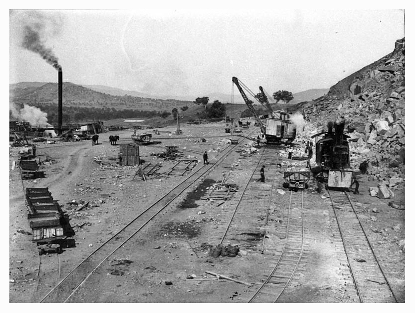 1924 Hume Weir steam navvie at quarry