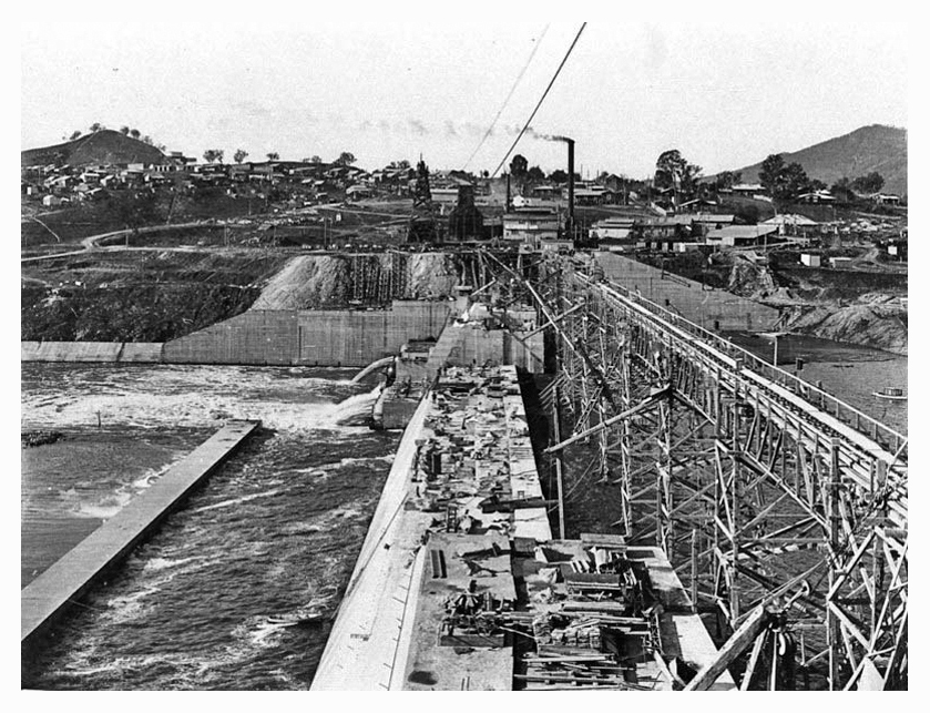 1928 Hume Weir spillway construction