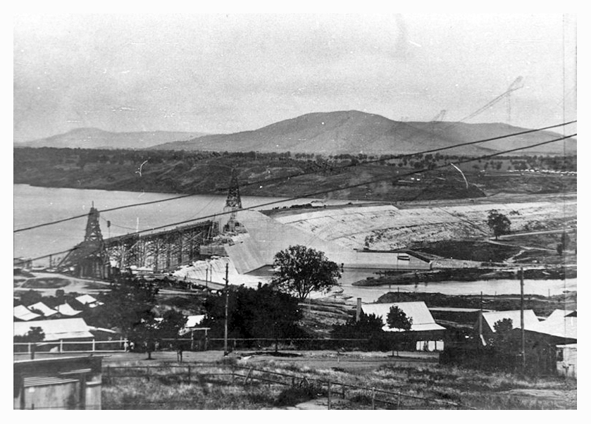 1930 Hume Weir looking-south