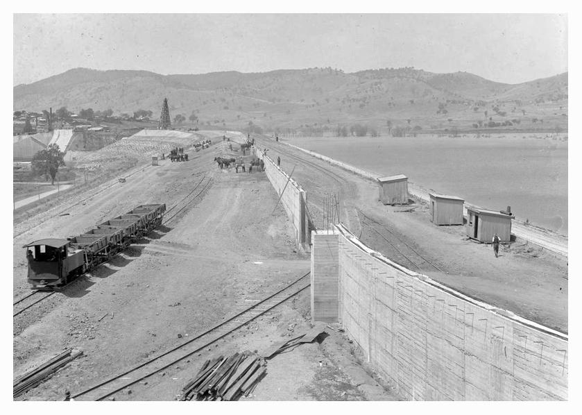 1932 Hume Weir corewall