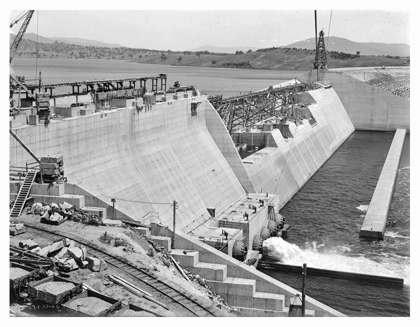 1933 Hume Weir spillway construction