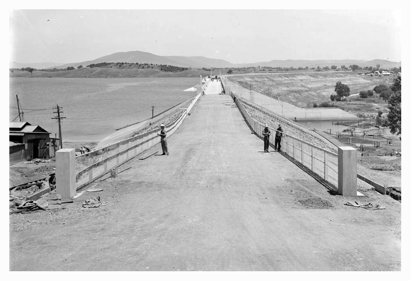 1936 Hume Weir roadway nears completion