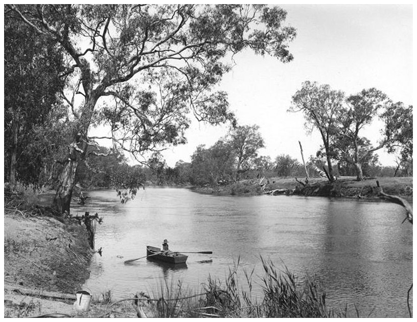 1919 looking upstream at dam site